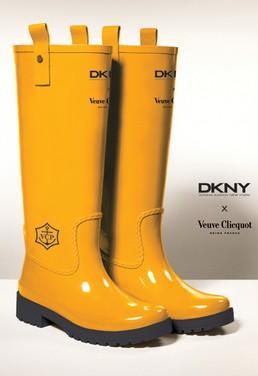 Galochas da DKNY para a Veuve Clicquot: você aprova?