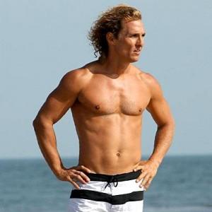 O Matthew McConaughey já está em Trancoso com a família