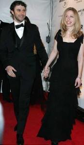 Pelo que parece, o casamento de Chelsea Clinton e Marc Mezvinsky está muito bem, obrigado.