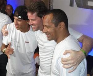 O @njr92 está no Camarote Salvador 2011… Glamurama sabe das coisas, viu….