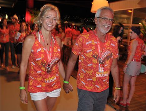 Fabrizia Gouvea e Marcel Telles: desembarcando no camarote da Brahma