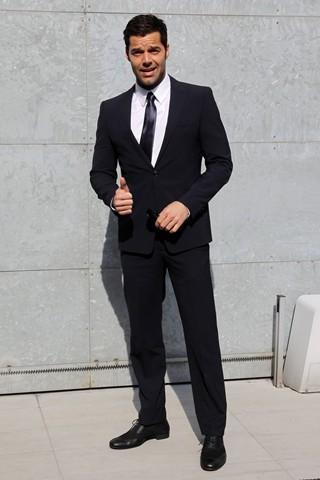 """Ricky Martin: costumes by Giorgio Armani in the """"Musica + Alma + Sexo"""" tour"""