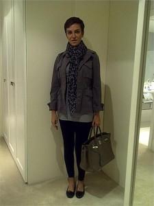 Vem ver o que Fabiola Kassin escolheu para dar mais charme a um look básico, no #lookdodia