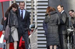 Jude Law já começou a filmar 360 com Fernando Meirelles. Alguém duvida que eles conversaram sobre o carnaval carioca??