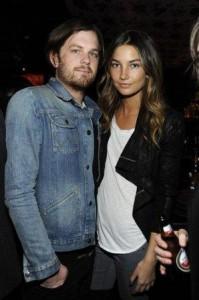 Estão dizendo que o casório de Lily Aldridge com o Caleb Followill – cantor do Kings of Leon – vai acontecer logo,logo