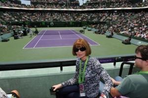 Anna Wintour vestiu um jeans básico e foi ver Federer e Nadal jogando tênis. #ahn?