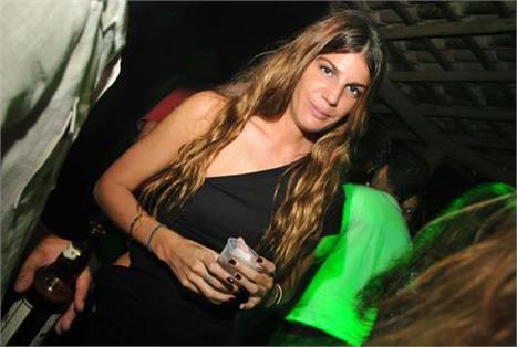Bianca Brandolini: com a mãe, Giorgina e amigos franceses em Trancoso