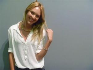 Conversamos com Candice Swanepoel no backstage da Colcci. Uma querida…