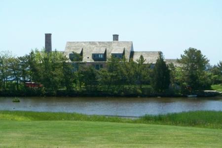 The mansion where Katharine Hepburn lived: for sale