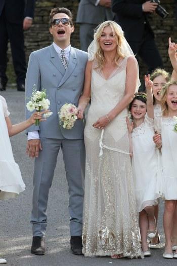 Jamie Hince e Kate Moss: só alegria