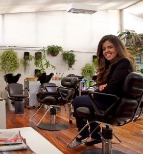 Novidade no Laces and Hair por Cris Dios para tratar as madeixas das glamurettes!