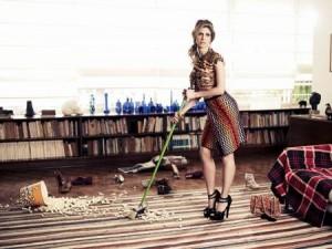 Didi Wagner está linda nas páginas da MODA deste mês!!!