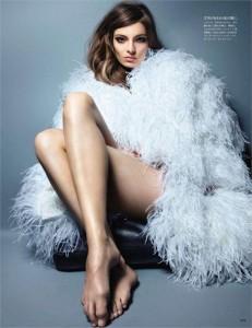 Sabe quem é a estrela da campanha de verão 2012 da estilista Carina Duek??