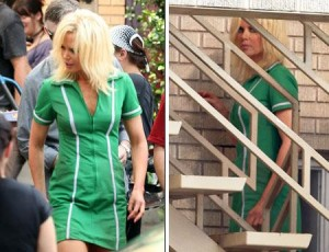 "Nicole Kidman aparece loiríssima no set do seu novo filme, ""The Paperboy""."