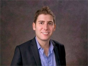 Eduardo Saverin, co-founder do Facebook, está curtindo St. Tropez
