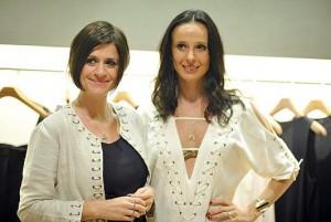 Giuliana Romano e Fabiana Delfim recebem uma turma de lulus nesta quarta-feira