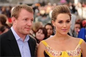 O diretor Guy Ritchie, ex da cantora Madonna, é pai de novo!
