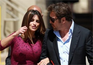 A atriz Penélope Cruz levou o marido, Javier Bardem, e o filho, Leo, de 7 meses, para acompanhá-la durante as gravações do seu novo filme, em Sarajevo