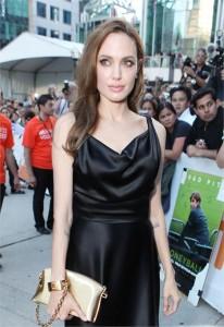 Angelina Jolie estrelará ficção científica de Luc Besson