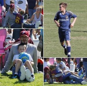 David Beckham liiiindo, assistindo aos filhos jogarem futebol. As fotos são fofas demais