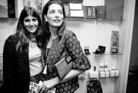 Sofia e Tânia Derani no leilão da CrediPaz: noite de lances