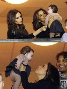 Mas essa filha da Victoria Beckham é mto mto mtooo fofa! Ela foi assistir ao papai jogando futebol