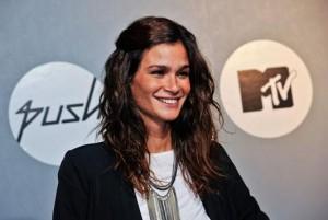 De férias da MTV, Carol Ribeiro tirou umas semanas para ficar ao lado do marido e do filho, em Porto Alegre